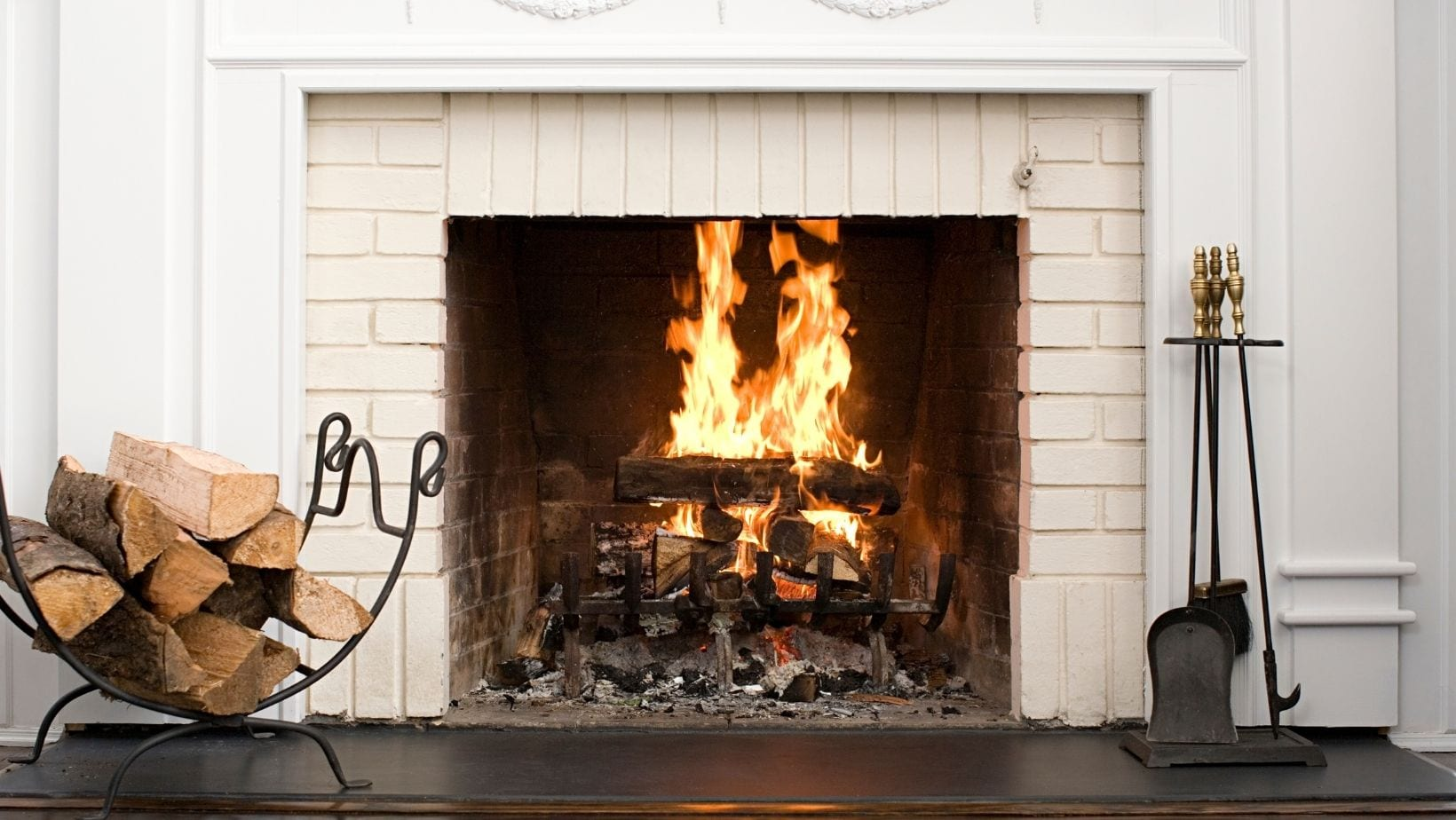 Heat Pump Vs Fireplace: What one should you get?